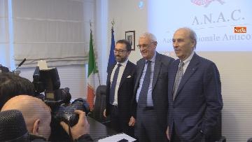 """3 - Bonafede partecipa alla conferenza """"Dove e' finita la corruzione?"""" all'Anac"""