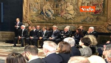3 - Mattarella augura Buon Natale e felice anno nuovo ai rappresentanti di istituzioni e politica