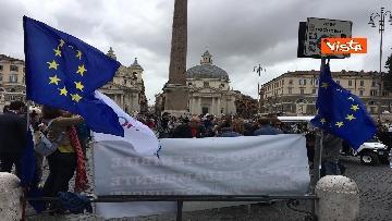 5 - +Europa, Bonino e Della Vedova a raccolta firme proposta legge