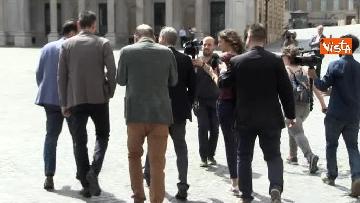 3 - I capigruppo del Pd Graziano Delrio e Andrea Marcucci vanno a piedi dalla sede del Nazareno verso la Camera per le consultazioni