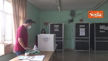 1 - Referendum, il voto della sindaca di Roma Virginia Raggi. Le foto
