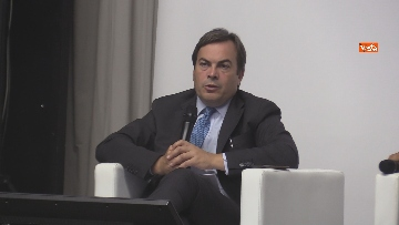 1 - Stato dell'Unione, Amendola e capo rappresentanza commissione UE in Italia Parenti seguono discorso von der Leyen, le foto