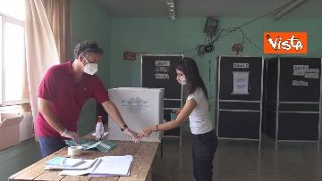 2 - Referendum, il voto della sindaca di Roma Virginia Raggi. Le foto