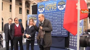 4 - Il comizio di Giorgia Meloni in piazza San Carlo a Milano,