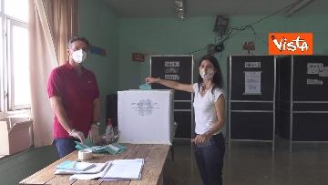 4 - Referendum, il voto della sindaca di Roma Virginia Raggi. Le foto