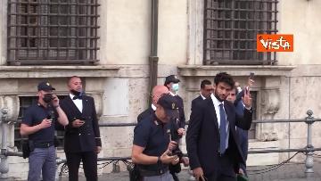 1 - La Nazionale azzurra lascia Palazzo Chigi e sale sul pullman scoperto per salutare i tifosi. Le foto