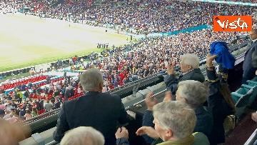 2 - Italia Campione d'Europa, l'esultanza di Mattarella allo stadio di Wembley