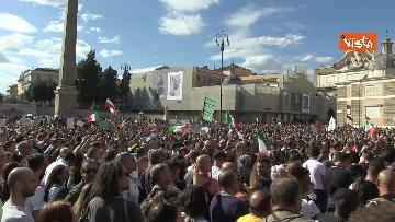 4 - No green pass, protesta a Piazza del Popolo a Roma. Le immagini