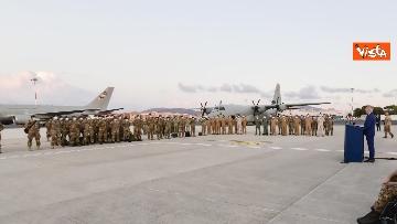 10 - Fine missione italiana in Afghanistan, ecco gli ultimi militari che atterrano a Ciampino