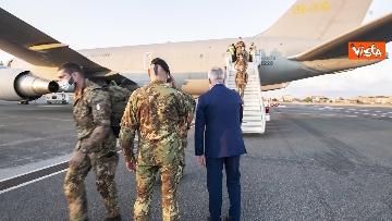 9 - Fine missione italiana in Afghanistan, ecco gli ultimi militari che atterrano a Ciampino