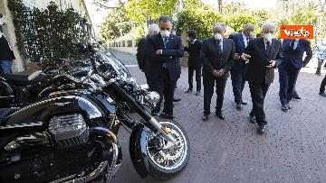 7 - Presentate a Mattarella due nuove moto Guzzi per Corazzieri