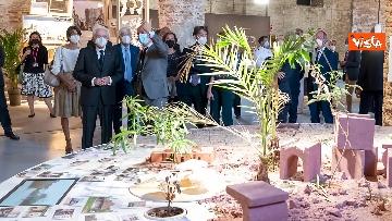 10 - Mattarella visita la Biennale di Architettura a Venezia con Franceschini e Zaia