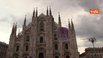 3 - Centinaia di persone davanti al Duomo di Milano per il presidio contro il Ddl Zan, presente anche Salvini