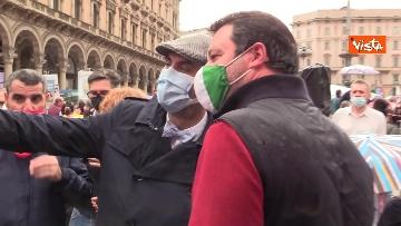 2 - Centinaia di persone davanti al Duomo di Milano per il presidio contro il Ddl Zan, presente anche Salvini