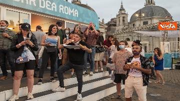 3 - Italia - Turchia, le immagini dei tifosi a Piazza del Popolo