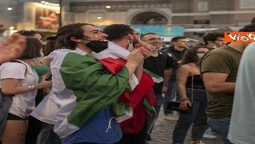 4 - Italia - Turchia, le immagini dei tifosi a Piazza del Popolo