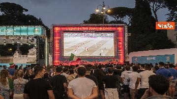 9 - Italia - Turchia, le immagini dei tifosi a Piazza del Popolo