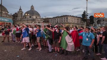 6 - Italia - Turchia, le immagini dei tifosi a Piazza del Popolo