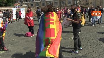 3 - A Piazza del Popolo si balla per far approvare il Ddl Zan
