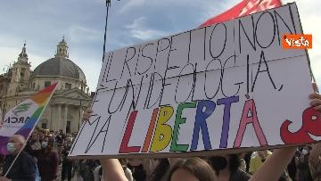 10 - A Piazza del Popolo si balla per far approvare il Ddl Zan
