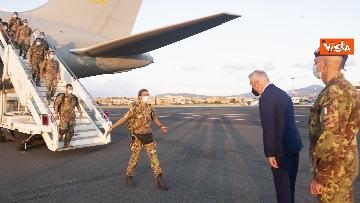 3 - Fine missione italiana in Afghanistan, ecco gli ultimi militari che atterrano a Ciampino