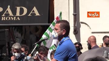 9 - Cgil, Cisl e Uil in piazza contro i licenziamenti. Le foto della manifestazione a Montecitorio