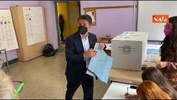 5 - Conte alle urne per le elezioni, il momento del voto