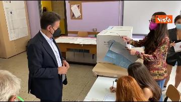 4 - Conte alle urne per le elezioni, il momento del voto
