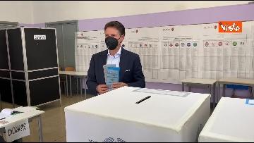 6 - Conte alle urne per le elezioni, il momento del voto