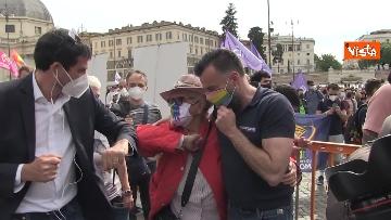 8 - A Piazza del Popolo si balla per far approvare il Ddl Zan
