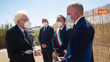 5 - Mattarella depone corona di fiori su tomba Altiero Spinelli a Ventotene