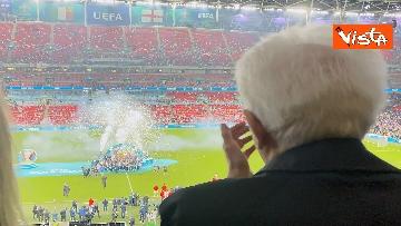 8 - Italia Campione d'Europa, l'esultanza di Mattarella allo stadio di Wembley