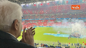 9 - Italia Campione d'Europa, l'esultanza di Mattarella allo stadio di Wembley