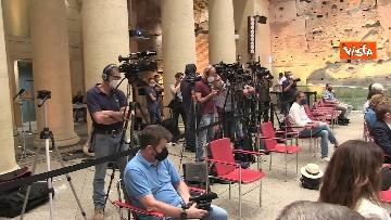 7 - Le immagini della conferenza stampa di Giuseppe Conte al Tempio di Adriano