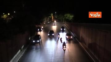 8 - Euro2020, Roma festeggia a colpi di clacson tutta la notte. Le foto dei caroselli per strada