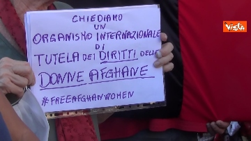 3 - Manifestazione a sostegno delle donne afghane a Napoli, le immagini