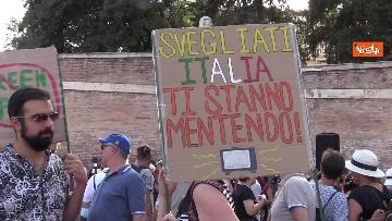 3 - No al Green pass, la protesta a Piazza del Popolo a Roma. Le foto