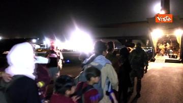 7 - Aquila Omnia, conclusa evacuazione profughi. Le immagini dell'ultimo volo da Kabul