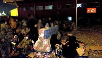5 - Aquila Omnia, conclusa evacuazione profughi. Le immagini dell'ultimo volo da Kabul