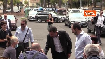 8 - Salvini e Michetti visitano il quartiere romano di Casale Caletto. Le foto