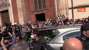 7 - L'ultimo saluto a Carla Fracci nella sua Milano, ai funerali anche il ministro Franceschini e il sindaco Sala