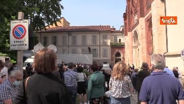 2 - L'ultimo saluto a Carla Fracci nella sua Milano, ai funerali anche il ministro Franceschini e il sindaco Sala