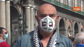 3 - In migliaia a Napoli sfilano a sostegno del popolo palestinese