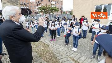 """7 - Il Presidente della Repubblica in visita all'Istituto Fiume Giallo per la resentazione de """"Il mio diario"""" per l'anno scolastico 2021/2022"""
